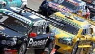 Thiago Camilo vence a primeira do ano na Stock Car